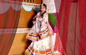 Khodal Banadi Parnije Sarita Kharwal
